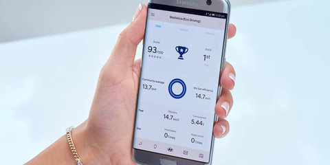 Hyundai i30 debuts new Auto Link app