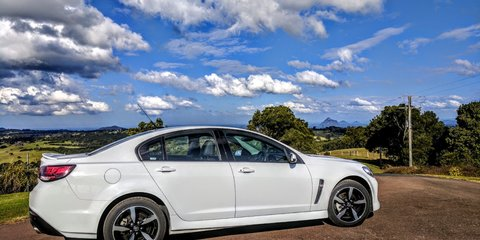 2017 Holden Commodore SV6 review Review