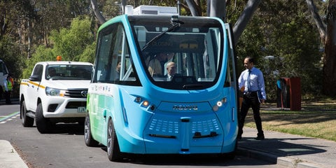 Autonomous buses 'already close to reality in transport users' minds' - study