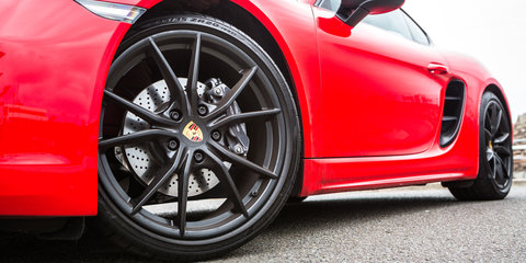 VIDEO: Porsche explains why brakes squeal
