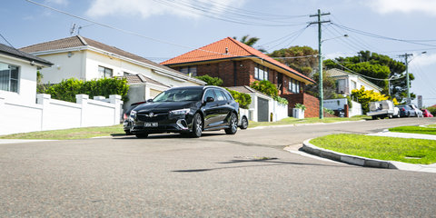 2018 Holden Commodore RS Sportwagon 2.0 petrol v Mazda 6 Touring Wagon comparison
