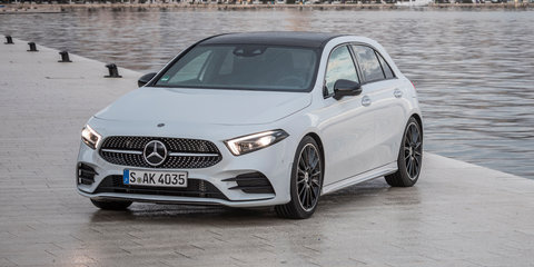 Mercedes-Benz A200 maxed out on the autobahn - video