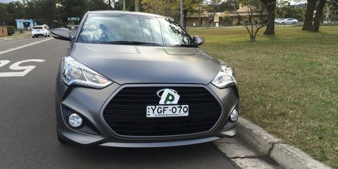 2015 Hyundai Veloster SR Turbo review Review