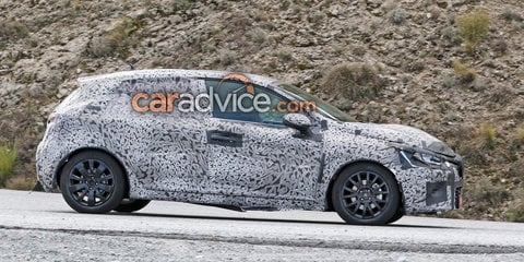 2019 Renault Clio snapped for the first time