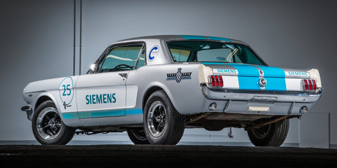 Self-driving Mustang wobbles its way up Goodwood hillclimb - video