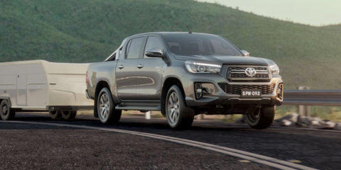 2018 Toyota HiLux SR, SR5 facelift uncovered