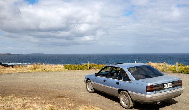 1990 Holden VN Calais review