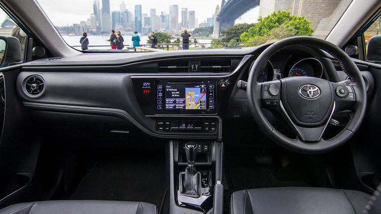 Hệ thống vận hành của Toyota Corolla 2015