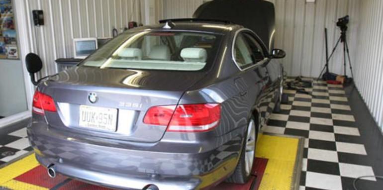 BMW 335i Sedan Back