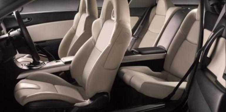 2007 Mazda RX-8 Kuro Interior