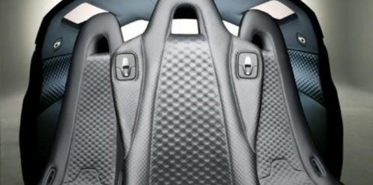 Nissan Mixim Interior