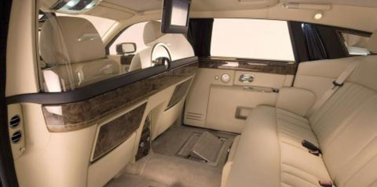 Rolls Royce Phantom Competition