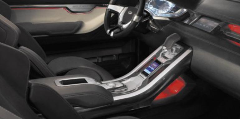 Land Rover aim to keep LRX interior