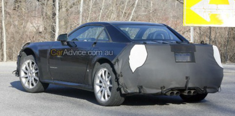 2009 Cadillac XLR V-Series spy shots