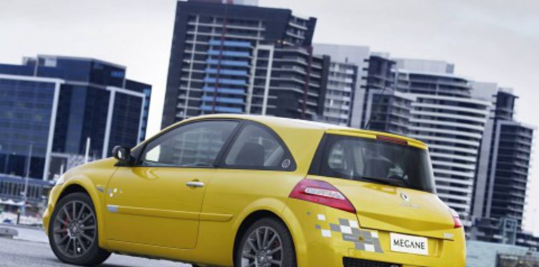 Renault R26 Megane run extended