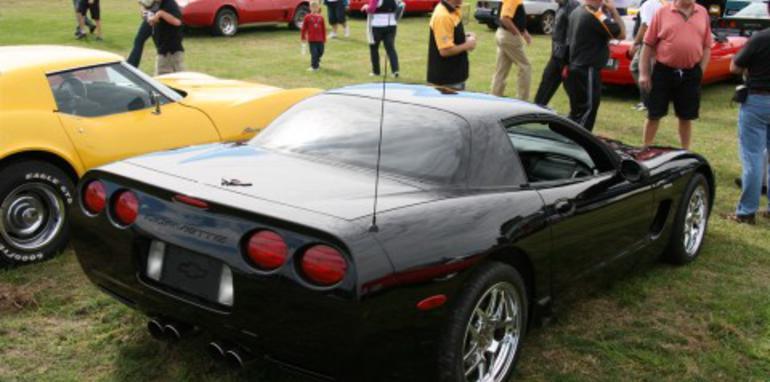 z-06-rear-side.jpg