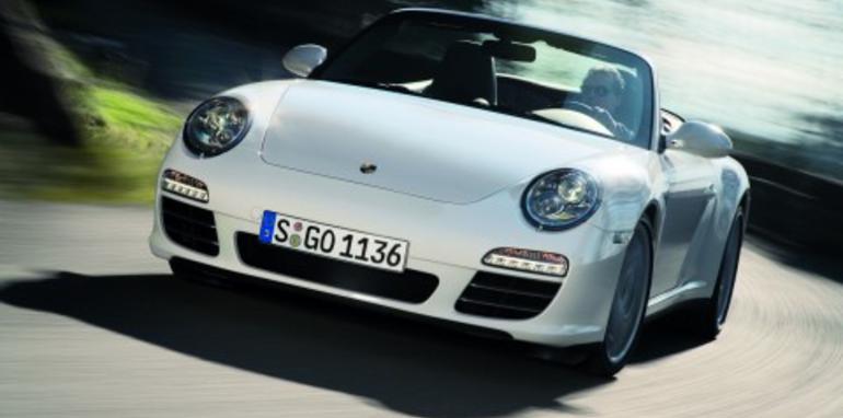 Porsche unveils 911 Carrera 4 range