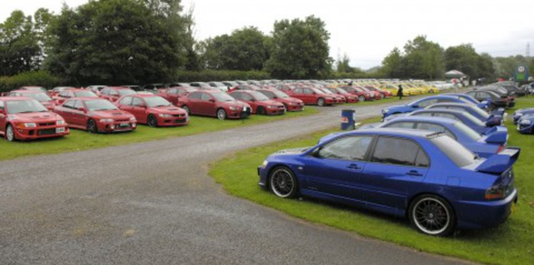 World Record Mitsubishi Evo Parade