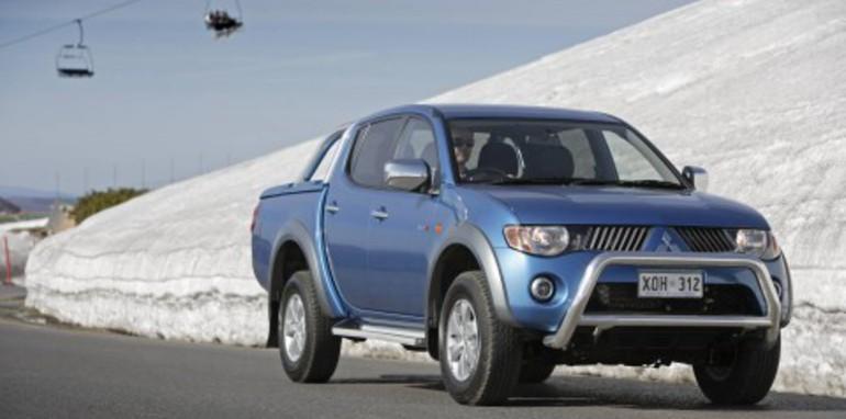 Mitsubishi Triton Diesel gets super select AWD