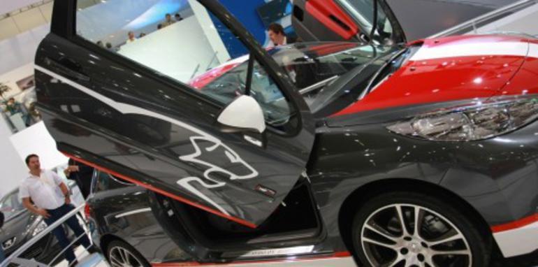 Peugeot stand 2008 London Motorshow