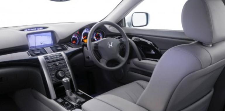 2009 Honda Legend Interior