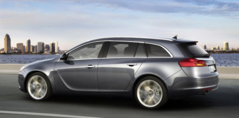 Opel Insignia Sports Tourer official images