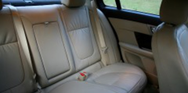 2008 Jaguar XF V8