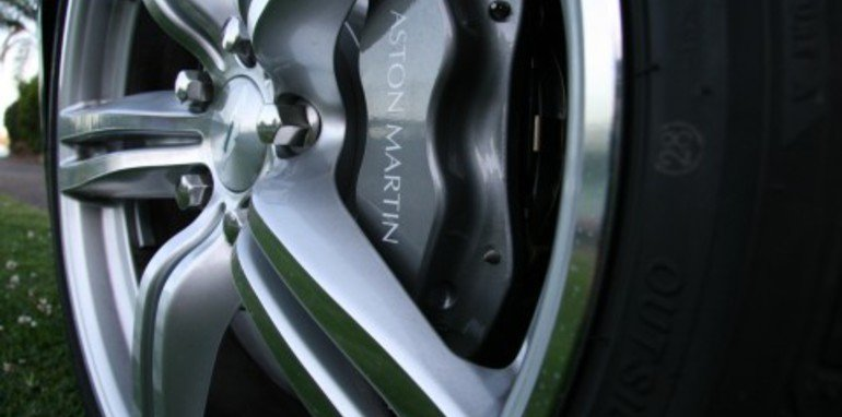 tc-vanatge-wheel-and-caliper.jpg