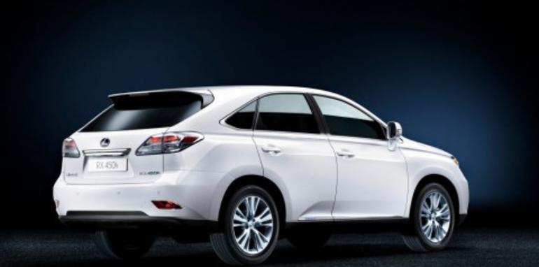 Lexus reveals 2009 RX SUV range