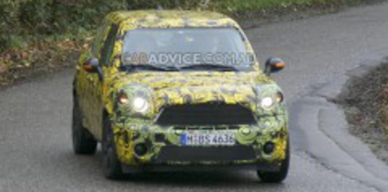 2010 Mini Crossman SUV spied