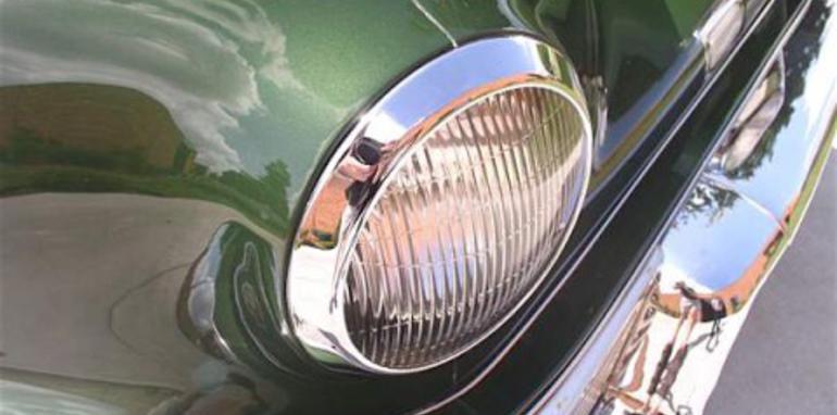 1948tuckercenterheadlight.jpg