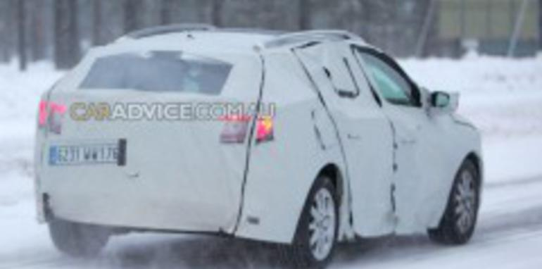 2009 Renault Megane estate spied