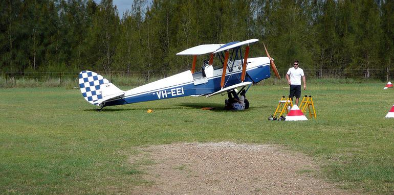 i30cwlaunch-tigermoth