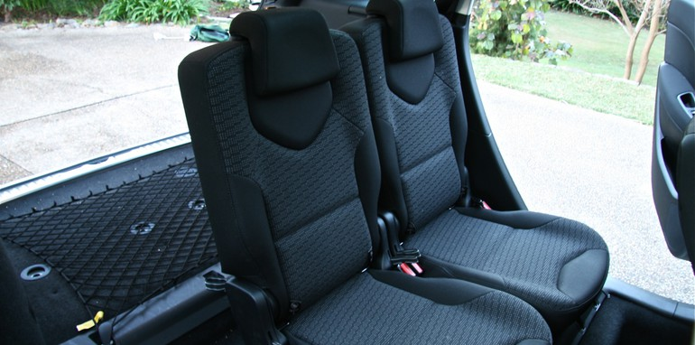 308 T 2 seats in