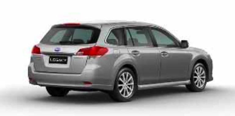 2010-Subaru-Legacy-002