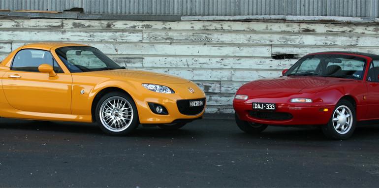 Mazda_MX-5_89-09_001