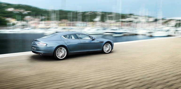 04-aston-martin-rapide-production