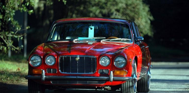 72-Jaguar_XJ6-S1_TV-07-HHC_dt01