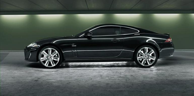 Jaguar_XK_MY10_01