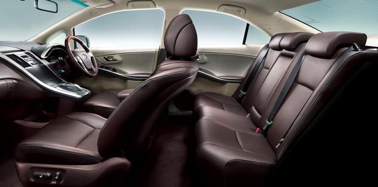 ToyotaSaiHybrid05