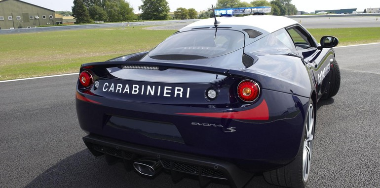 Lotus Evora S Given To Military Police In Italy - Sports cars ranking