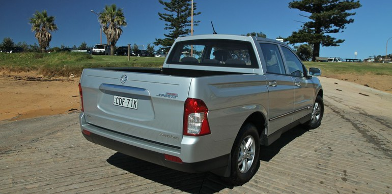 Ssangyong Actyon Review18