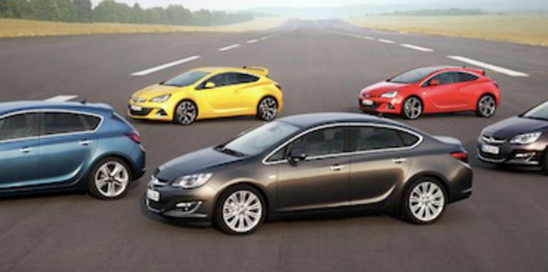 Opel Astra Line-up