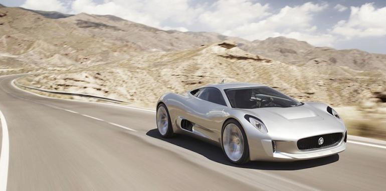 Jaguar C-X75 Concept - Driving