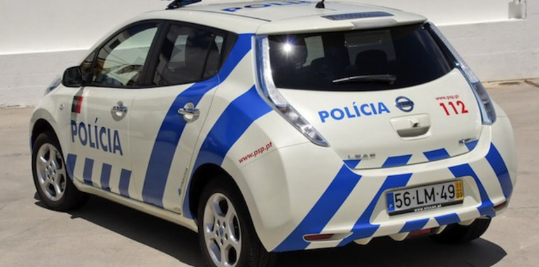 Nissan Leaf Police Car - 2