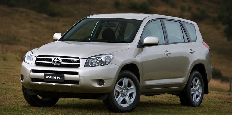 toyota australia recalls 300 000 cars. Black Bedroom Furniture Sets. Home Design Ideas