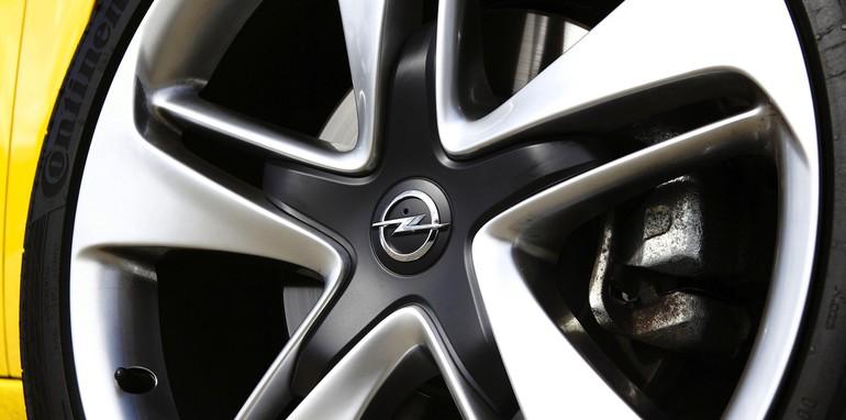 Opel Astra GTC - Wheel