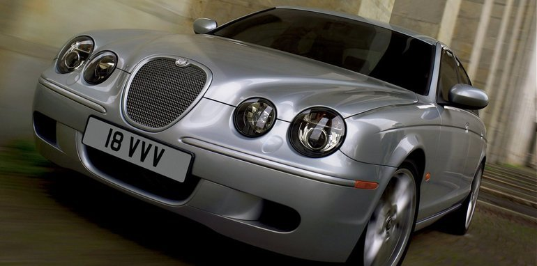 Jaguar-S-Type_2008