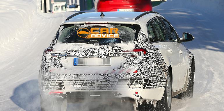 Opel Insignia Wagon spied - 7