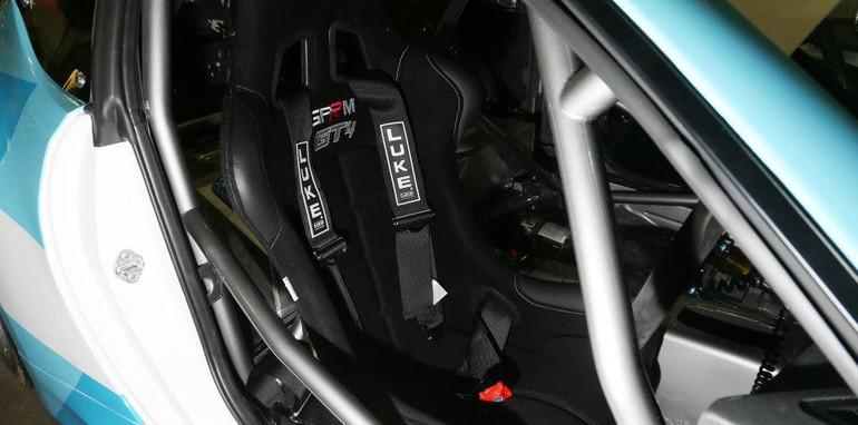 Toyota 86 GT4 - 4